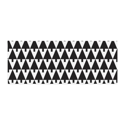 Gabriela Fuente Happy X-Mas Geometric Bed Runner Color: Black