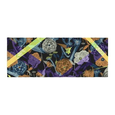 Gabriela Fuente Wonder Flower Bed Runner