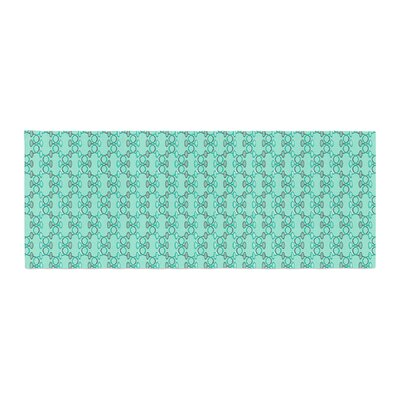 Holly Helgeson Mod Pod Pattern Bed Runner