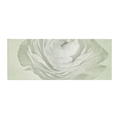 Iris Lehnhardt Whity Floral Bed Runner