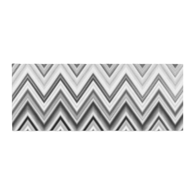 Nika Martinez Seventies Chevron Pattern Bed Runner Color: Black/White