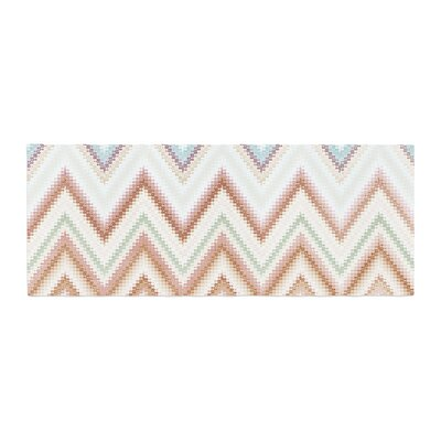 Nika Martinez Seventies Chevron Pattern Bed Runner Color: Beige