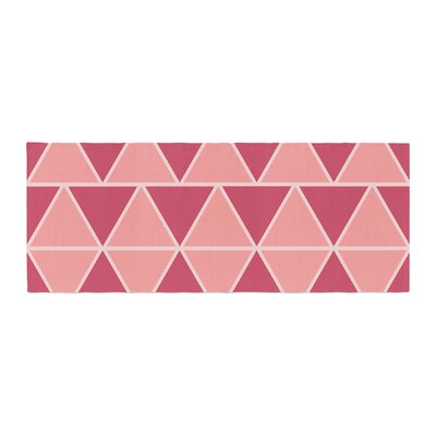 NL designs Triangles Patterns Bed Runner