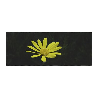 Nick Nareshni Petal Daisy Floral Photography Bed Runner