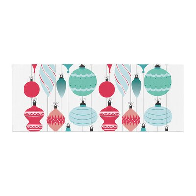 Mixed Ornaments Bed Runner Color: Red/Blue