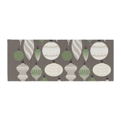 Mixed Ornaments Bed Runner Color: Brown/Green