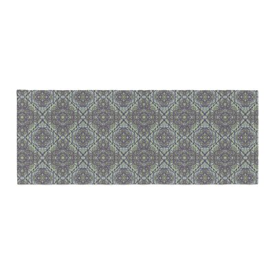 Mydeas Scroll Damask Vector Bed Runner