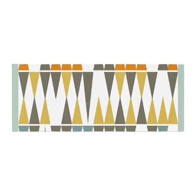 Pellerina Design Diamond Kilim Triangles Bed Runner