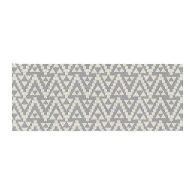 Amanda Lane Geo Tribal Aztec Bed Runner Color: Gray