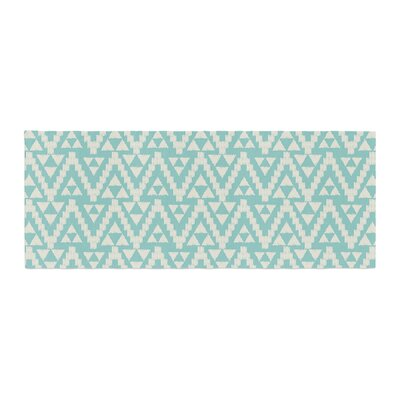 Amanda Lane Geo Tribal Aztec Bed Runner Color: Teal