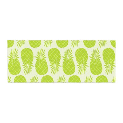 Anchobee Pinya Pattern Bed Runner Color: Lime