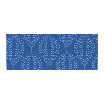 Anneline Sophia Laurel Leaf Floral Bed Runner Color: Blue/Navy