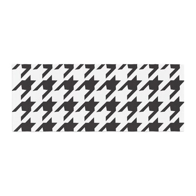 Empire Ruhl Spacey Houndstooth Bed Runner