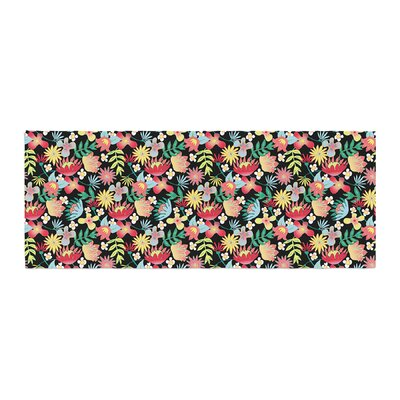 DLKG Design Flower Power Bed Runner