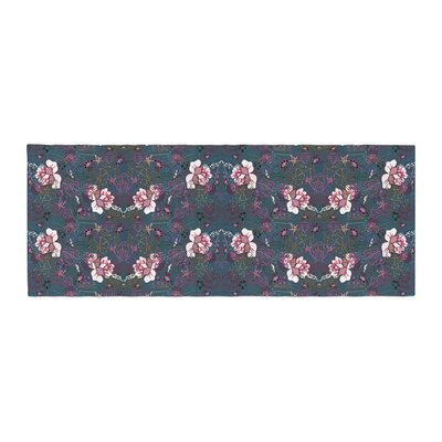 DLKG Design Cool Stitch Bed Runner