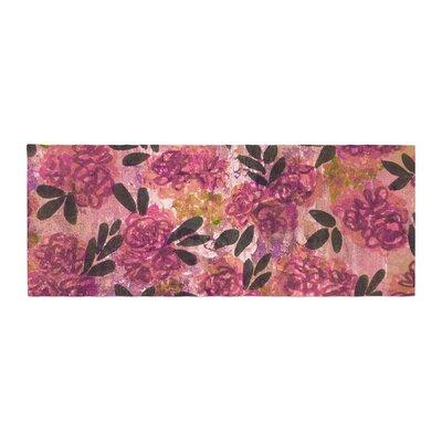 Ebi Emporium Grunge Flowers II Floral Bed Runner