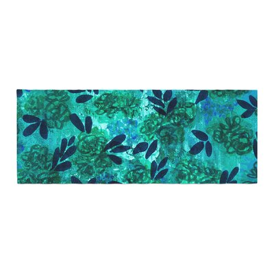 Ebi Emporium Grunge Flowers III Floral Bed Runner