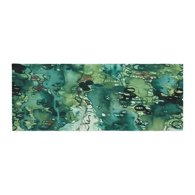 Ebi Emporium Beauty in the Rain Emerald Bed Runner Color: Green