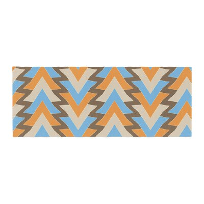 Julia Grifol My Triangles Bed Runner Color: Blue