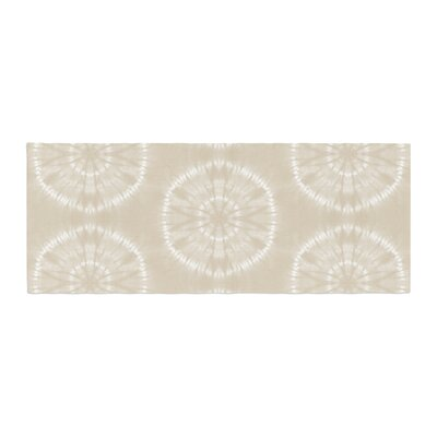 Jacqueline Milton Shibori Circles Mixed Media Bed Runner Color: Beige