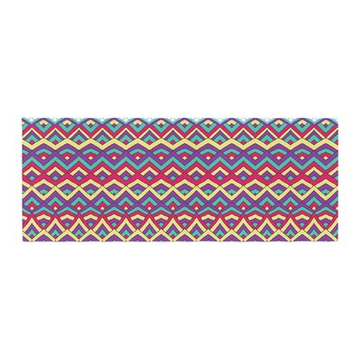 Pom Graphic Design Horizons Bed Runner