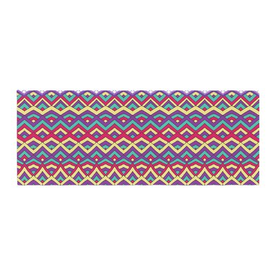 Pom Graphic Design Horizons II Bed Runner