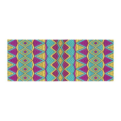 Pom Graphic Design Tribal Soul II Bed Runner