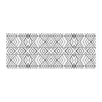 Pom Graphic Design Tribal Expression Bed Runner
