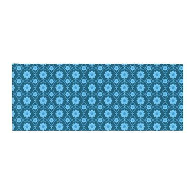 Nandita Singh Floral Pattern Bed Runner Color: Blue/Aqua
