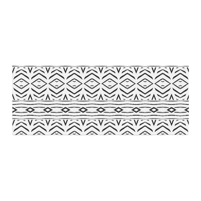 Pom Graphic Design Tambourine Bed Runner