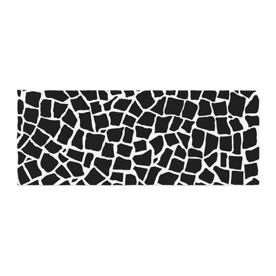 Project M British Mosaic Bed Runner Color: Black