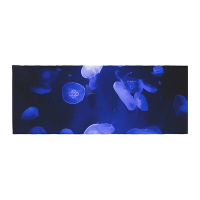 Juan Paolo Jellyfish Bed Runner