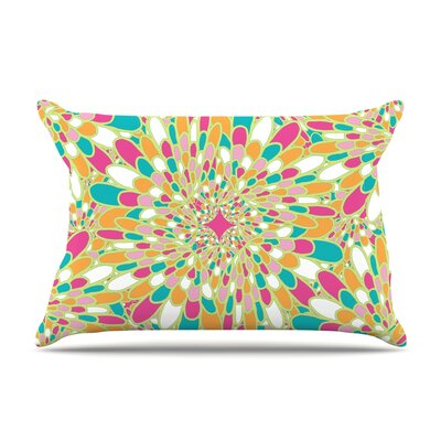 Miranda Mol Flourishing Geometric Pillow Case Color: Green