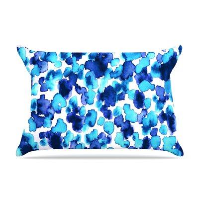Ebi Emporium Giraffe Spots Pillow Case Color: Aqua/Blue