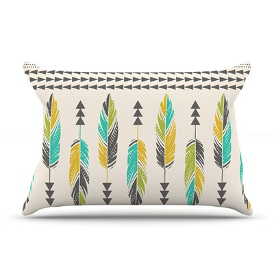 Amanda Lane Painted Feathers Tribal Pillow Case Color: Tan/Cream