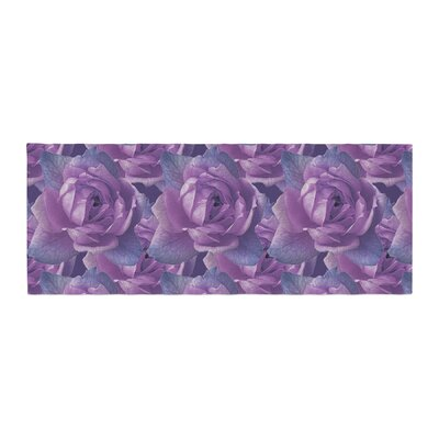 Shirlei Patricia Muniz Roses Floral Bed Runner