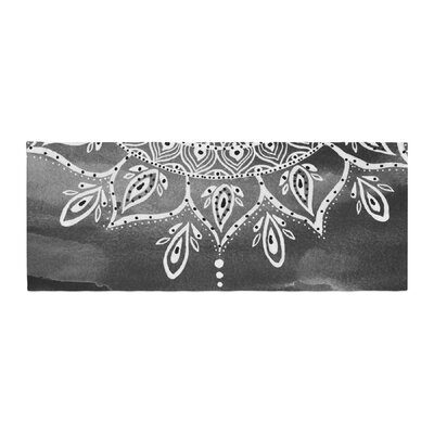 Li Zamperini Mandala Abstract Bed Runner Color: White/Gray