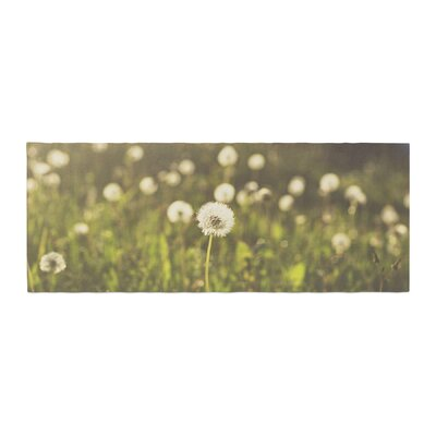 Libertad Leal As You Wish Dandelions Bed Runner