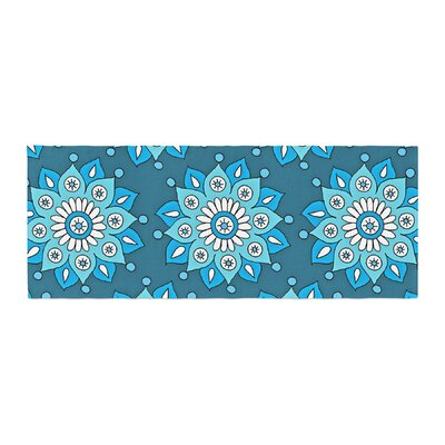 Sarah Oelerich Flower Burst Bed Runner Color: Blue