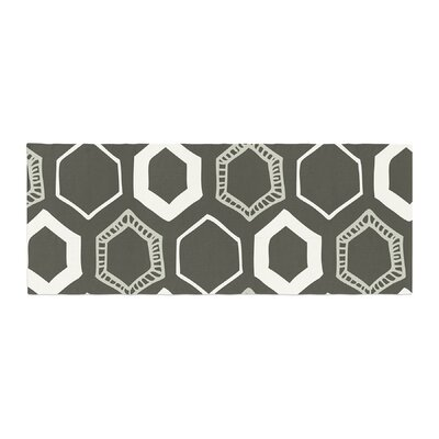 Laurie Baars Hexy Geometric Bed Runner Color: Green