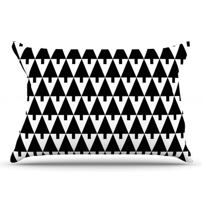 Gabriela Fuente Happy X-Mas & White Geometric Monotone Pillow Case Color: Black/White
