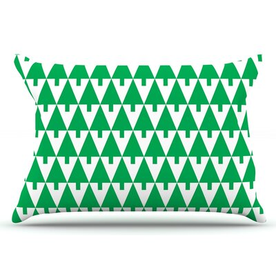 Gabriela Fuente Happy X-Mas & White Geometric Monotone Pillow Case Color: Green