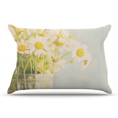 Laura Evans O Daisy Pillow Case