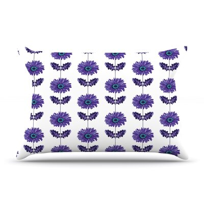 Laura Escalante Purple Gerbera Flower Pillow Case Color: Lavender