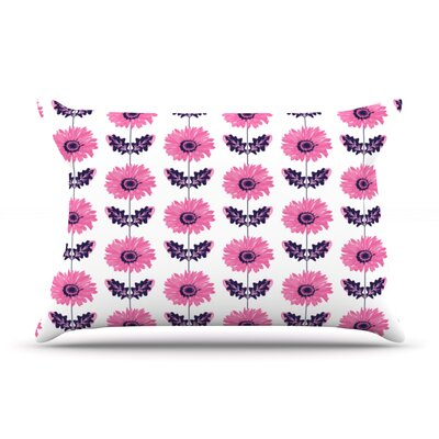 Laura Escalante Purple Gerbera Flower Pillow Case Color: Pink