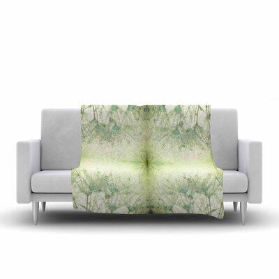 Ginkelmier Dandelion Dreams in Abstract Fleece Throw Size: 60 W x 80 L