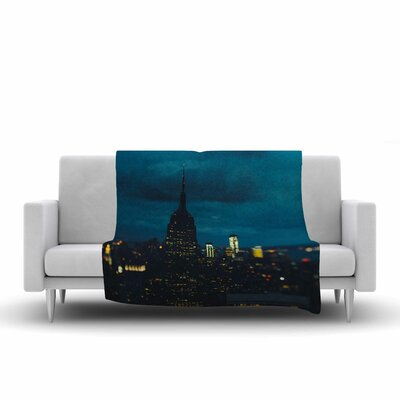 Chelsea Victoria New York Nights Photography Fleece Throw Size: 50 W x 60 L