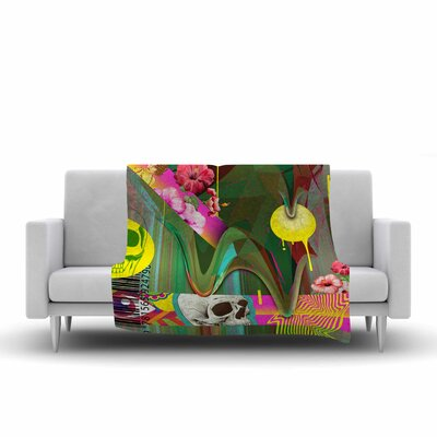 Roberlan Almost Everything Collage Abstract Vintage Fleece Throw Size: 60 W x 80 L