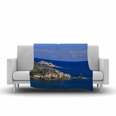 Nick Nareshni Stone Ocean Walls Photography Fleece Throw Size: 60 W x 80 L