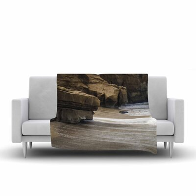 Nick Nareshni La Jolla Cliffside Sandstone Photography Fleece Throw Size: 50 W x 60 L